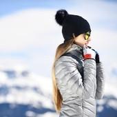 Retour de la neige ❄ 🤗 On en profite encore un peu avant de passer en mode printemps 🌸  #snow #lovesnow #stillwinter #bonnet #merinos #madeinfrance #ledrapo #marquefrancaise