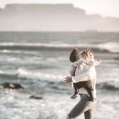 Ledrapo souhaite à toutes les supers mamans une très joyeuse fête des mères ! 🤍 🌸  #fetedesmeres #maman #mothersday #love #fleurs #family #ledrapo #madeinfrance